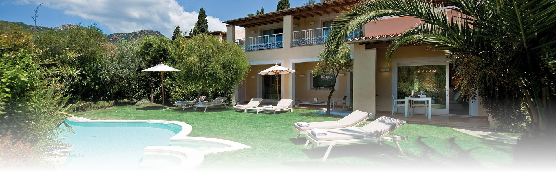 Luxury holidays in sardinia costa smeralda 5 star hotels for Best boutique hotels sardinia