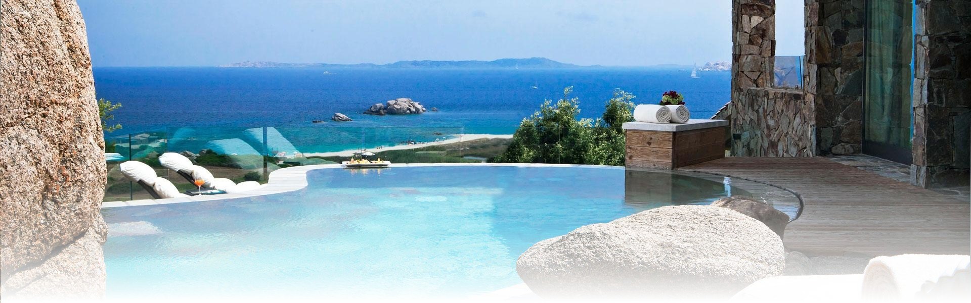 Image gallery hotels sardinia all inclusive for Best small beach hotels
